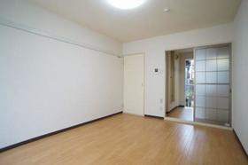 カーサ大井 203号室