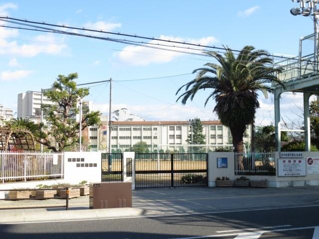 豊中市立第四中学校