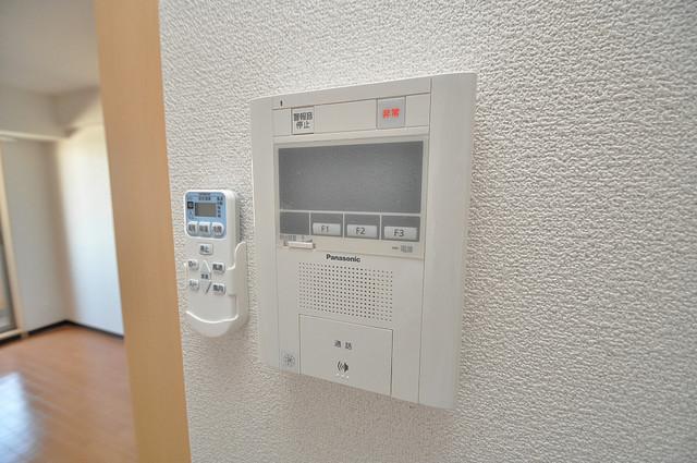 M'プラザ高井田 モニター付きインターフォンでセキュリティ対策もバッチリ。