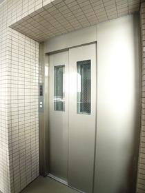ハイネスオートリ 203号室