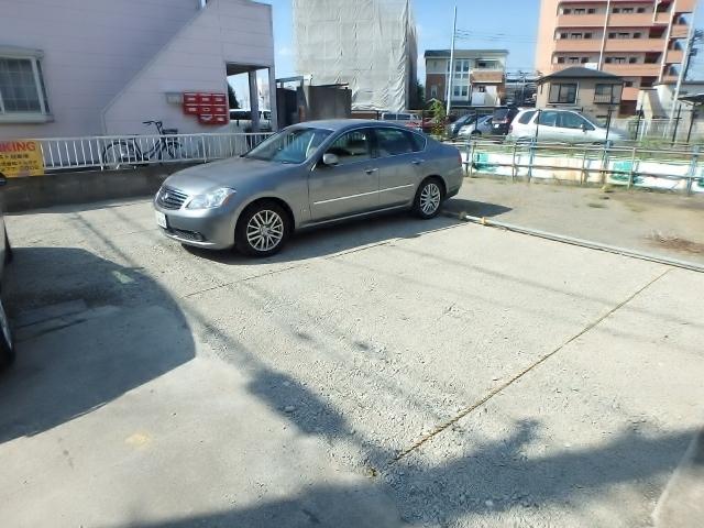 クレスト多摩川駐車場