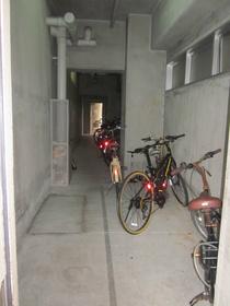 スカイコート西横浜6駐車場