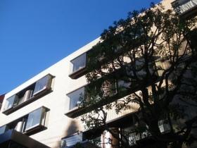 湯島アパートメントハウス外観