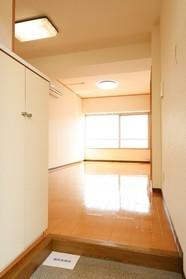 メゾンド・ロゼ 301号室