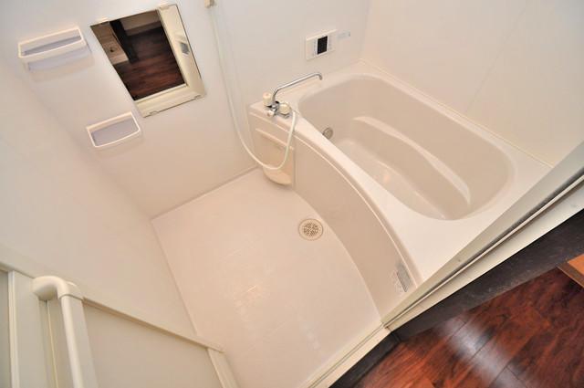 エフェクティブハウス布施 一日の疲れを洗い流す大切な空間。ゆったりくつろいでください。
