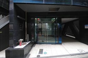 三軒茶屋駅 徒歩7分エントランス