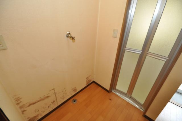 長瀬町1-3-10貸家(高山貸家) 室内に洗濯機置き場があれば雨の日でも安心ですね。