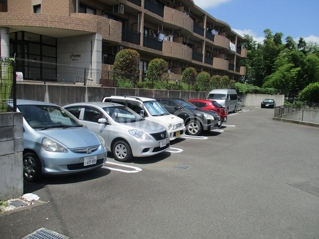 パルティーレ駐車場
