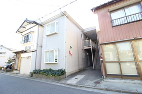 https://image.rentersnet.jp/4989ccbe-c604-4843-9dfd-35301a4645d9_property_picture_958_large.jpg_cap_エントランス