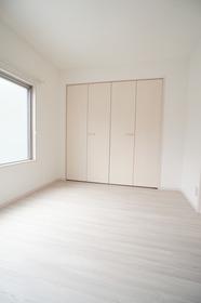 ボー・ヴィラージュ 202号室