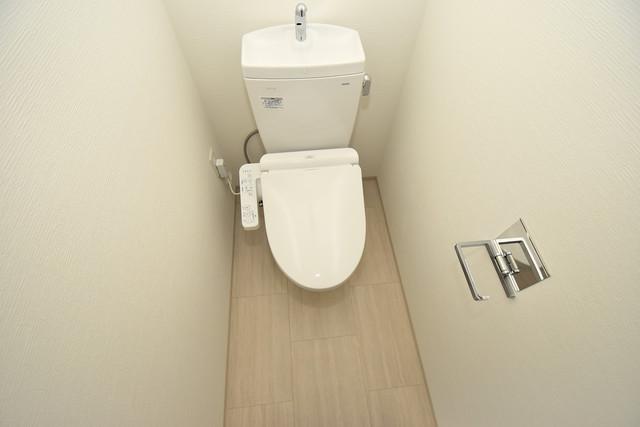 レジュールアッシュOSAKA今里駅前 スタンダードなトイレは清潔感があって、リラックス出来ます。