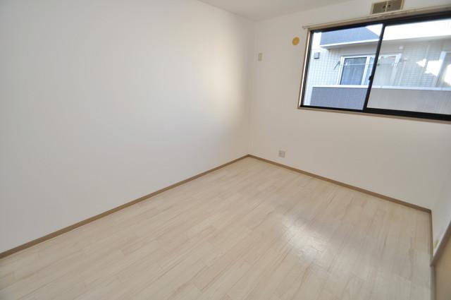 サンビレッジ・ラポール 陽当りの良いベッドルームは癒される心地良い空間です。