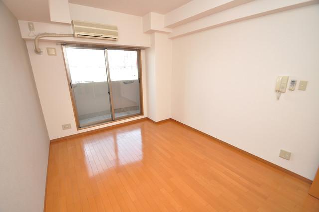 プランドール南巽 明るいお部屋はゆったりとしていて、心地よい空間です