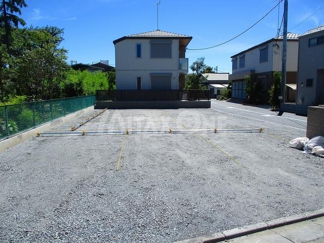 エクラージュ調布ツー(Ecrarge Chofu 2)駐車場