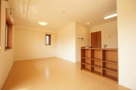 https://image.rentersnet.jp/4bc60dbd-2c40-4ce5-a84b-e9cf18957070_property_picture_958_large.jpg_cap_居室