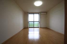 https://image.rentersnet.jp/4bd0a14e-4281-4bcd-bbce-b40f2465e3e6_property_picture_2988_large.jpg_cap_居室