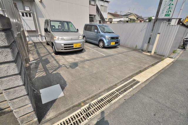 サニーハイム上小阪 エントランス周辺はいつも綺麗に清掃されています