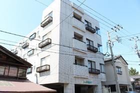 https://image.rentersnet.jp/4bf19ed02c7beb4f4cbfa1ffd7f7f01d_property_picture_1992_large.jpg_cap_外観