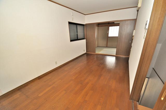 長栄寺8-24 貸家 解放感がある素敵なお部屋です。