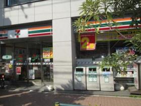 セブンイレブン三河島駅前店