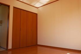 https://image.rentersnet.jp/4ca7e3e6-cd02-44bb-b539-5884549d9a7b_property_picture_2419_large.jpg_cap_居室