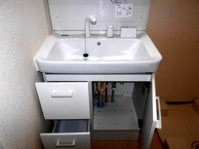 洗面台下部の収納