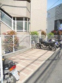上北沢駅 徒歩29分エントランス