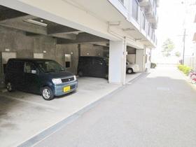 ライオンズマンション相模原第8駐車場