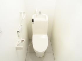 トイレは最新式♪