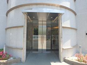 桜新町駅 徒歩11分エントランス