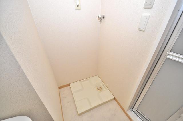 リバーサイド金岡六番館 嬉しい室内洗濯機置場。これで洗濯機も長持ちしますね。