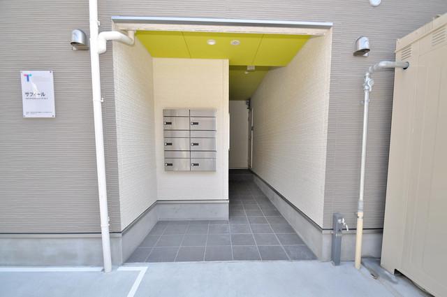 サフィール 屋内にあるポストは大切な郵便物を雨から守ってくれます。