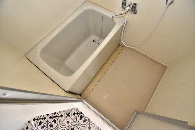 ヒューマニティプラザ ちょうどいいサイズのお風呂です。お掃除も楽にできますよ。
