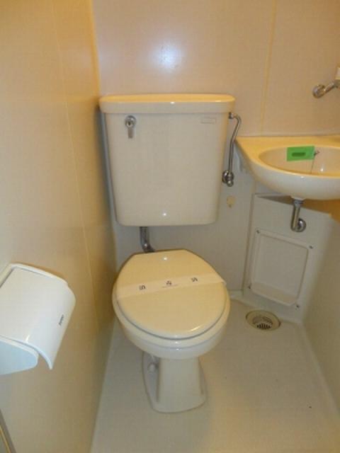 てにまんとトイレ