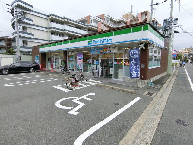 ファミリーマート福岡あけぼの店