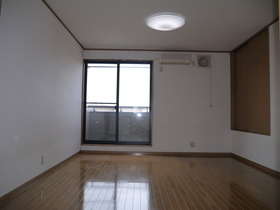 https://image.rentersnet.jp/4e453673-5062-46bf-8daf-6c43c6ce1d57_property_picture_2419_large.jpg_cap_居室