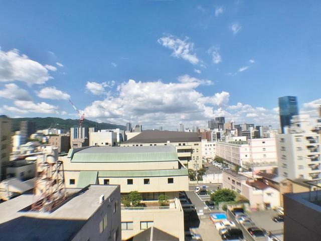 8階からの景色です。10階はさらに眺望良好。