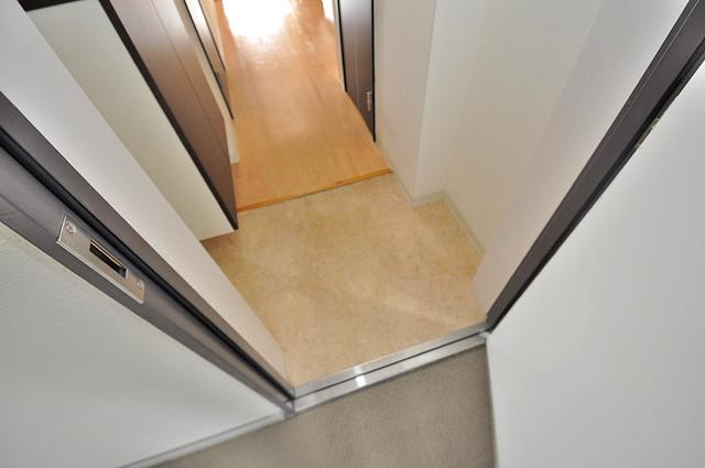 GRACE COURTⅡ 玄関から部屋が見えないので急な来客でも安心です。