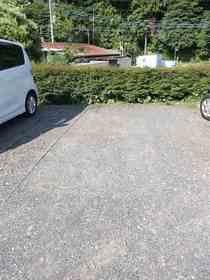 サンヴィレッジB棟駐車場