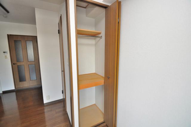 メルシー2000 もちろん収納スペースも確保。お部屋がスッキリ片付きますね。