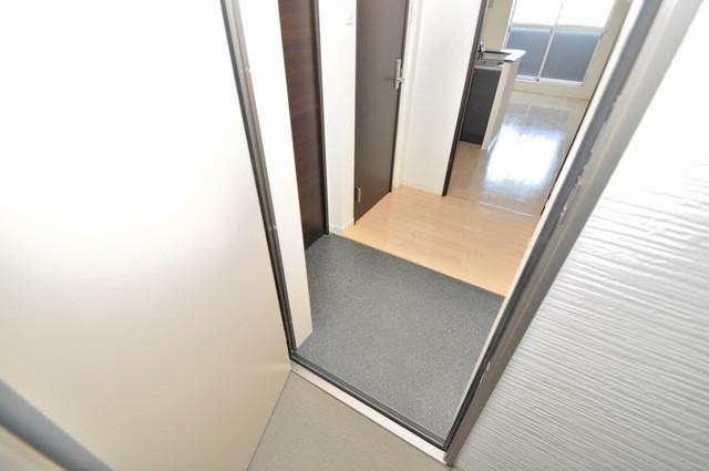 アビタシオン巽 シューズボックス完備で玄関周りがスッキリ。