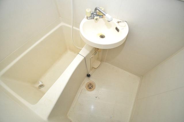OKハイツ神路 可愛いいサイズの洗面台ですが、機能性はすごいんですよ。