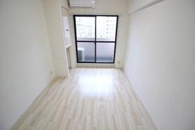 https://image.rentersnet.jp/4f566c30-4766-434b-9491-b79ebec689bd_property_picture_2418_large.jpg_cap_居室