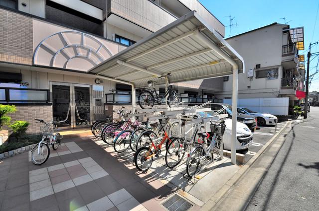 シムリーミナⅡ 駐輪場が敷地内にあります。愛車を安心して置いておけますね。