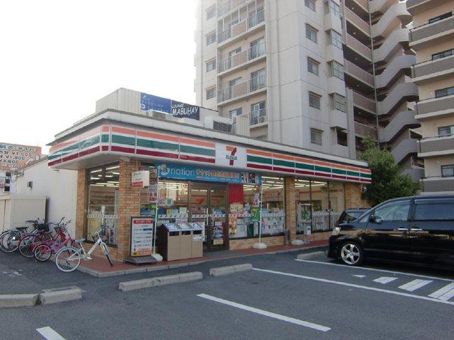 セブンイレブン泉大津駅南店