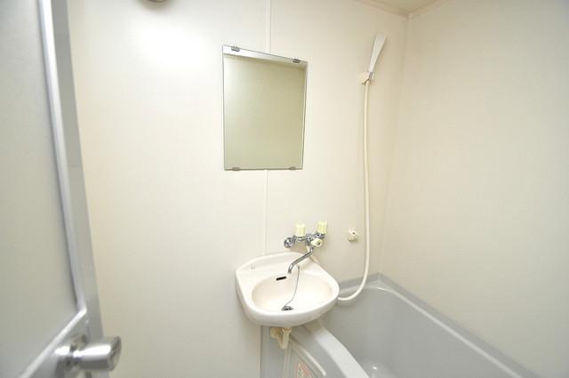 グランドゥルイ 可愛いいサイズの洗面台ですが、機能性はすごいんですよ。