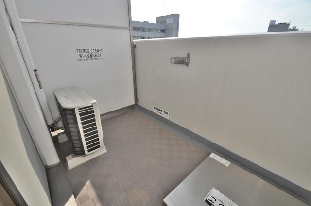 CASSIA高井田SouthCourt 心地よい風が吹くバルコニー。洗濯物もよく乾きそうです。