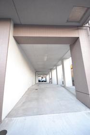 東大島駅 徒歩26分エントランス