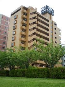 https://image.rentersnet.jp/509defcf-0928-4f3d-bb35-b35c714da58d_property_picture_1992_large.jpg_cap_外観