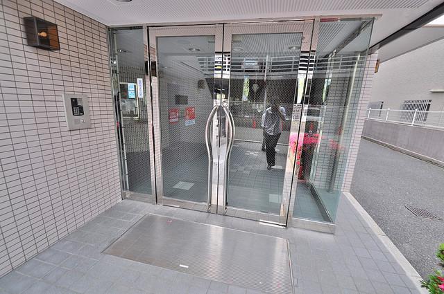 シャンピニヨン岩崎 高級感がある広いエントランスがあなたを出迎えてくれます。